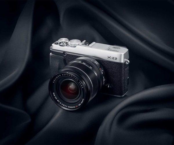 Produktfotografie: Packshot von Kamera